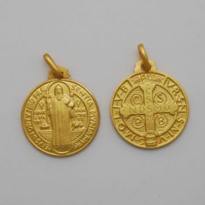 18kt Yellow 21mm Round Saint Benedict Medal
